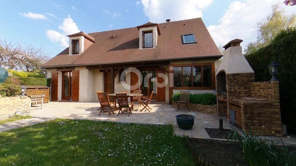 Maison à vendre 6 140m2 à Saint-Prix vignette-1