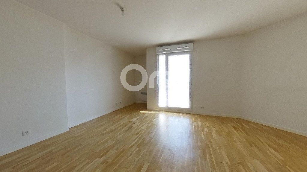 Appartement à vendre 3 61.81m2 à Soisy-sous-Montmorency vignette-2