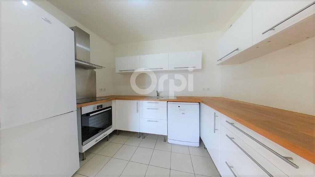 Appartement à vendre 3 61.81m2 à Soisy-sous-Montmorency vignette-3