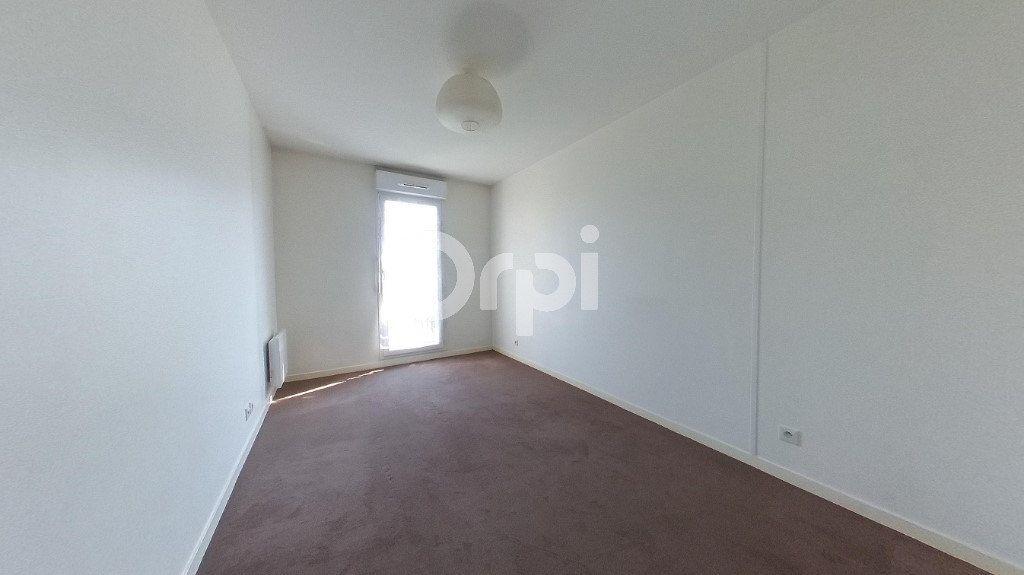 Appartement à vendre 3 61.81m2 à Soisy-sous-Montmorency vignette-4