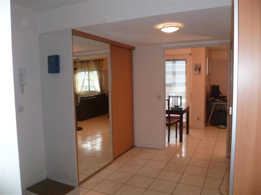 Appartement à louer 3 70.46m2 à Grenoble vignette-8