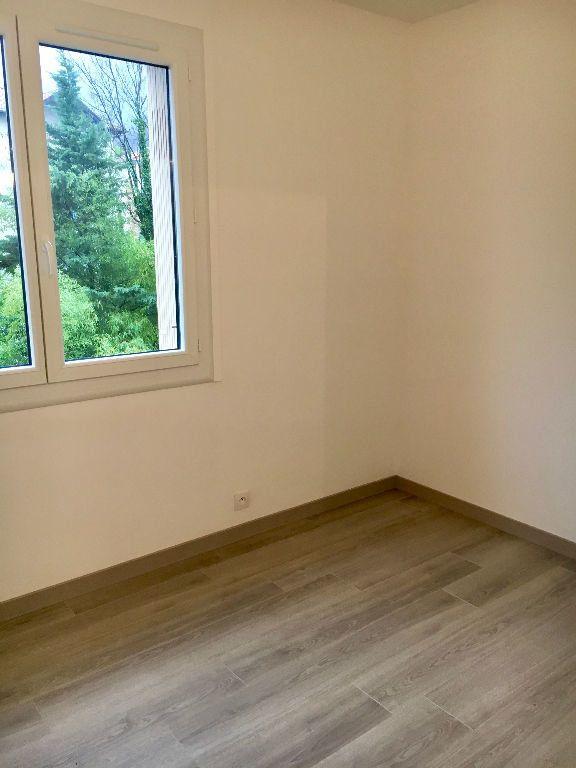 Appartement à louer 3 62m2 à Voiron vignette-8