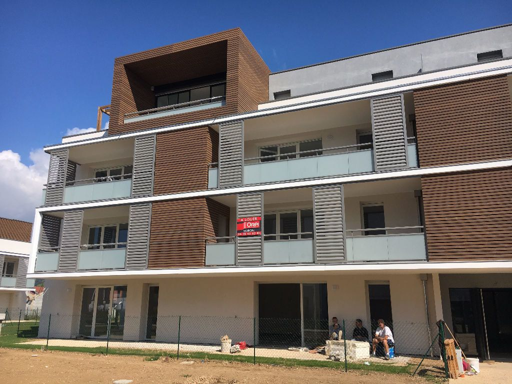 Appartement à louer 2 44.56m2 à Coublevie vignette-2