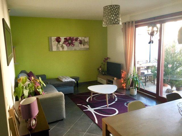Appartement à louer 3 72m2 à Voiron vignette-2