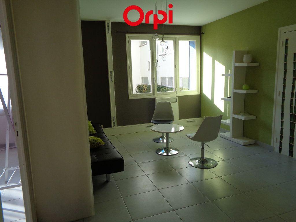 Appartement à vendre 4 85m2 à Voiron vignette-5