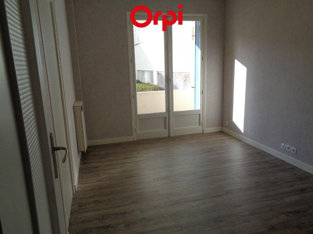 Appartement à vendre 4 85m2 à Voiron vignette-6