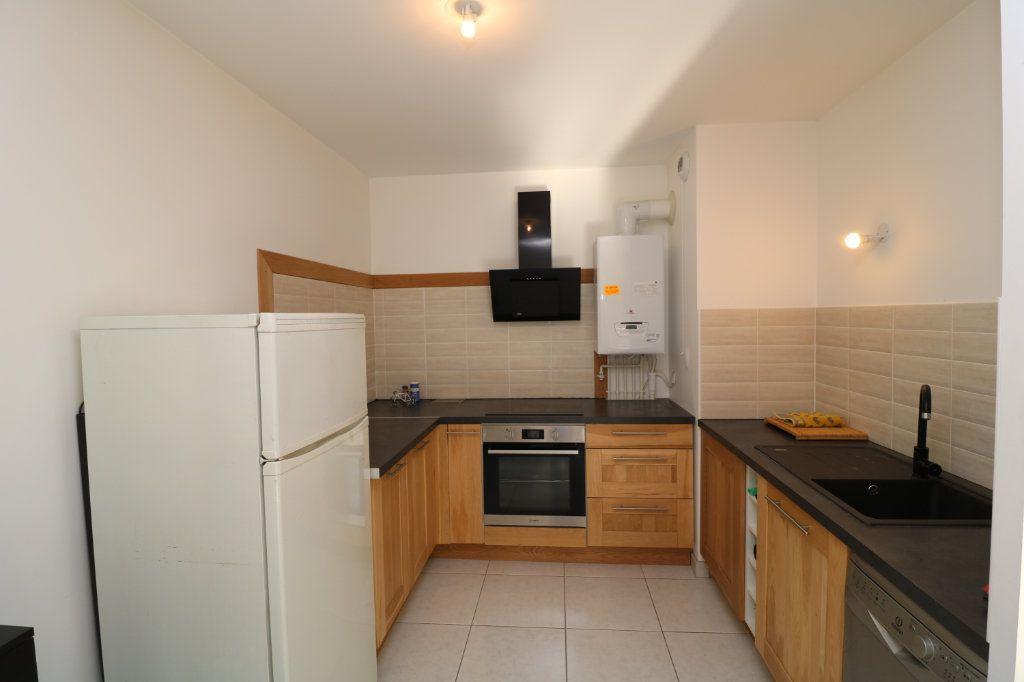 Appartement à vendre 2 48m2 à Voiron vignette-2