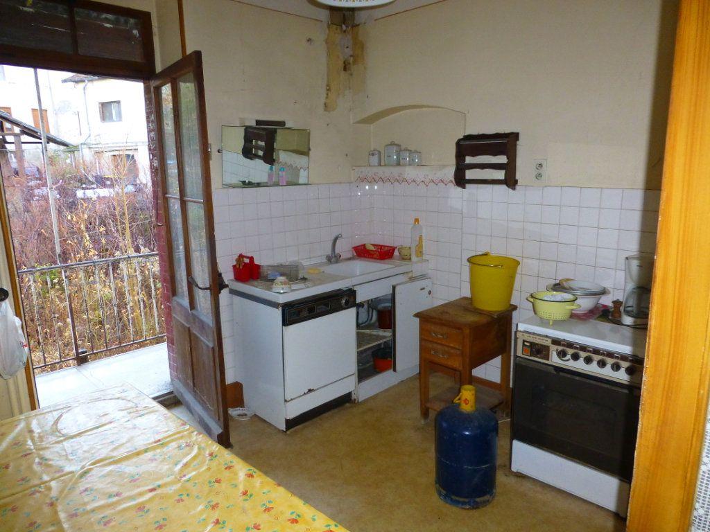 Maison à vendre 15 332m2 à Saint-Geoire-en-Valdaine vignette-8