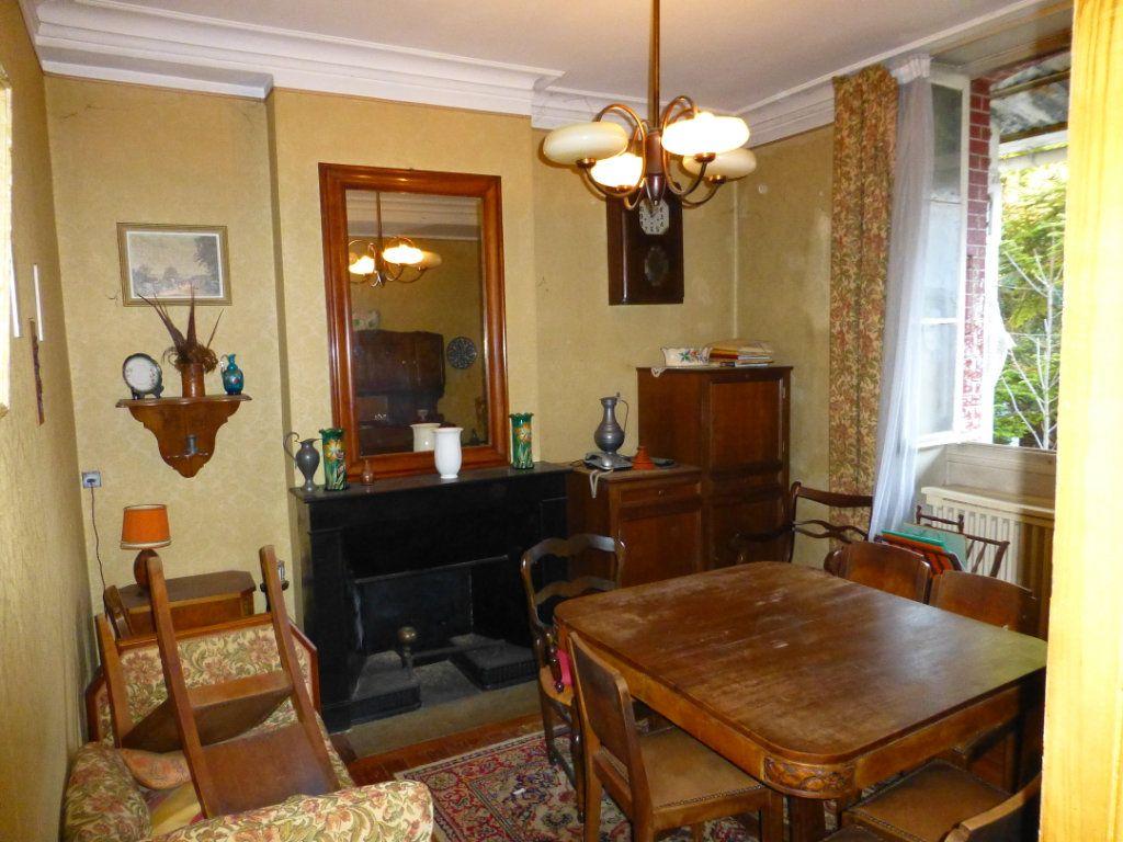 Maison à vendre 15 332m2 à Saint-Geoire-en-Valdaine vignette-9
