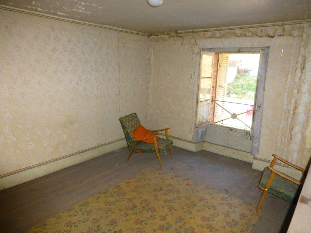 Maison à vendre 15 332m2 à Saint-Geoire-en-Valdaine vignette-16