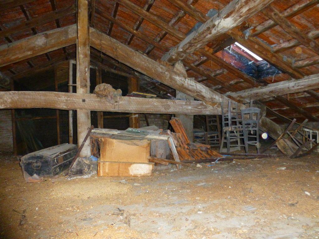 Maison à vendre 15 332m2 à Saint-Geoire-en-Valdaine vignette-17
