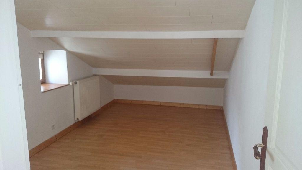 Appartement à vendre 3 28.78m2 à Voiron vignette-2