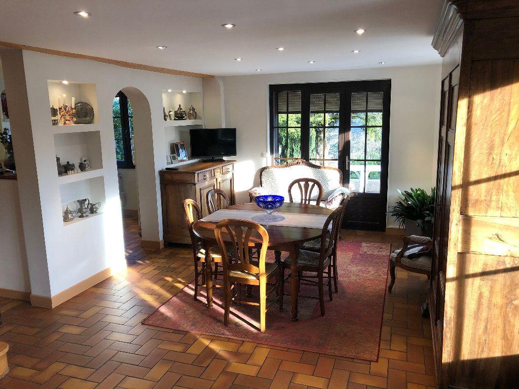 Maison à vendre 10 240m2 à Chirens vignette-5