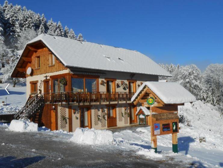 Maison à vendre 10 0m2 à Saint-Pierre-d'Entremont Isère vignette-2