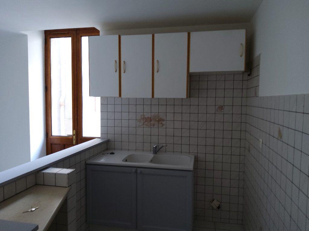 Appartement à louer 3 54m2 à Tullins vignette-1