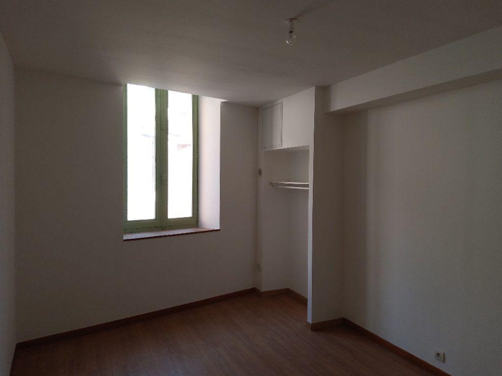 Appartement à louer 3 54m2 à Tullins vignette-4