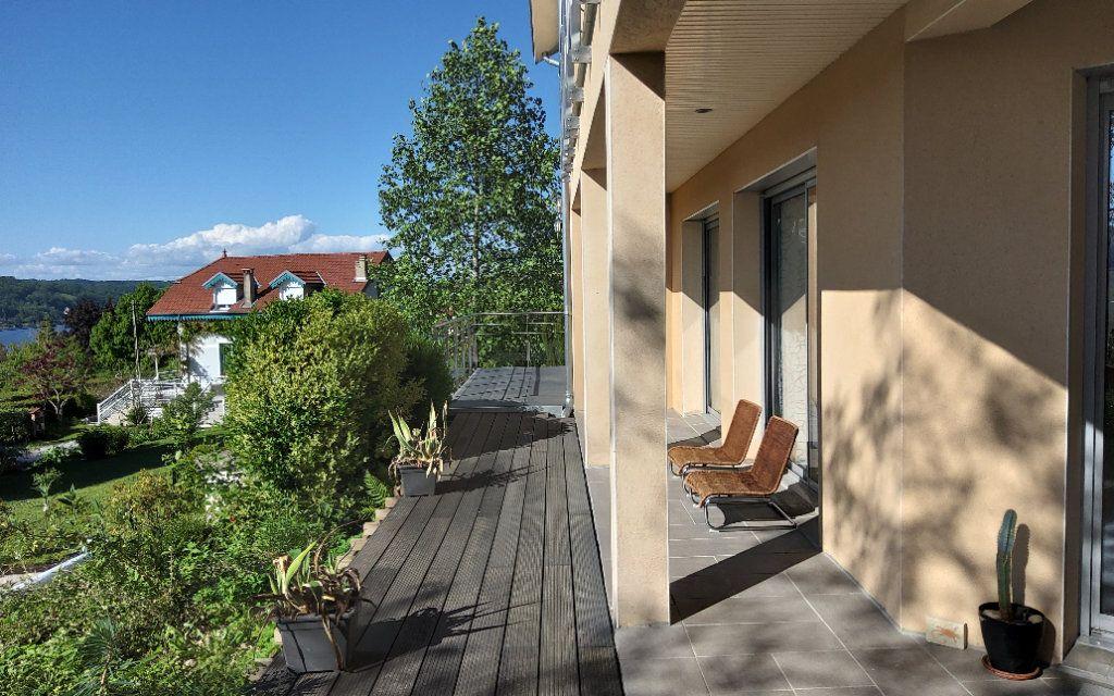 Maison à louer 6 156m2 à Bilieu vignette-11