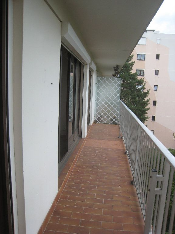 Appartement à louer 4 80m2 à Voiron vignette-5