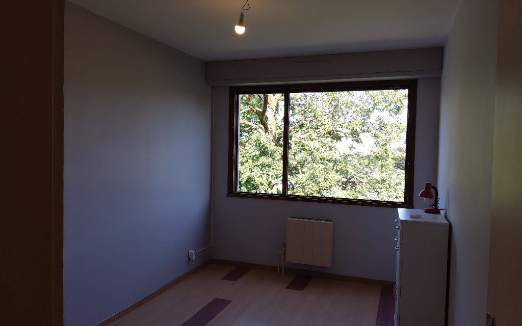 Appartement à louer 4 106m2 à Moirans vignette-3
