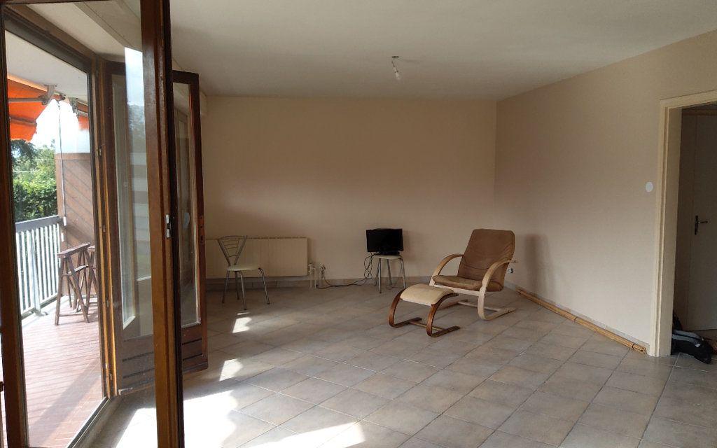 Appartement à louer 4 106m2 à Moirans vignette-6