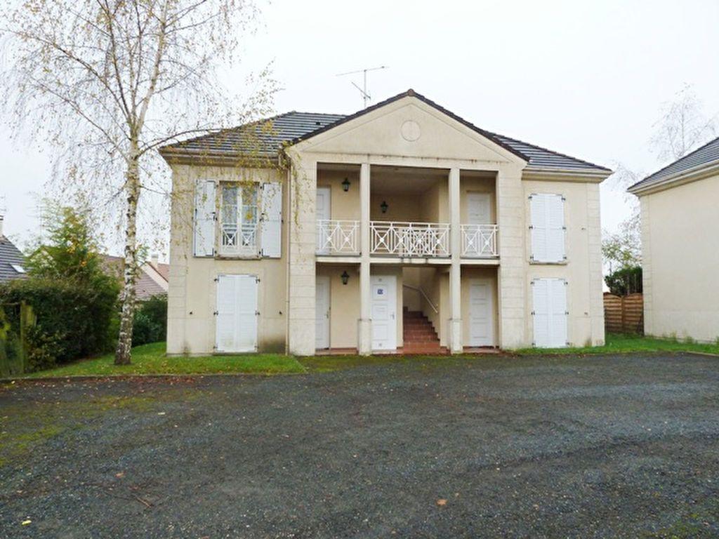 Appartement à louer 2 40.34m2 à Saint-Jean-de-Braye vignette-1