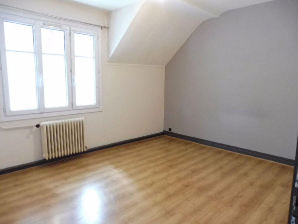 Appartement à louer 4 78m2 à Orléans vignette-6