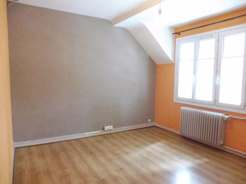 Appartement à louer 4 78m2 à Orléans vignette-7