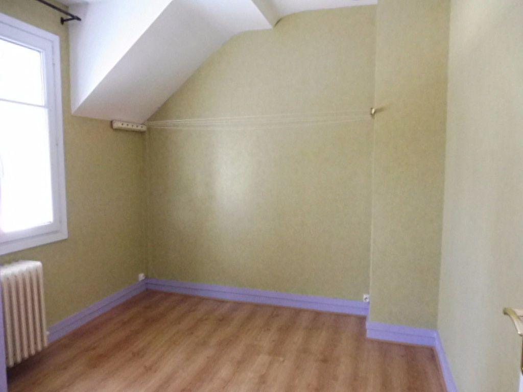 Appartement à louer 4 78m2 à Orléans vignette-8