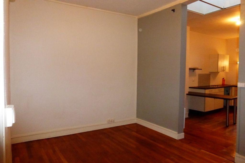 Appartement à louer 2 41m2 à Orléans vignette-5