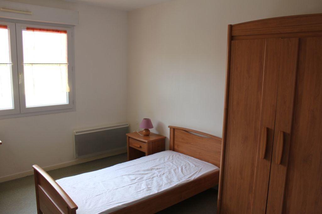 Appartement à louer 1 18m2 à Orléans vignette-2