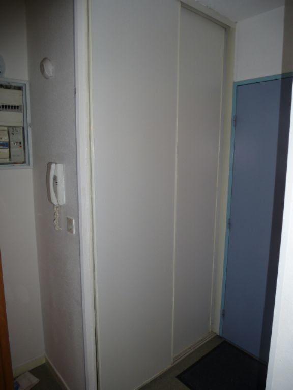 Appartement à louer 1 18m2 à Orléans vignette-5