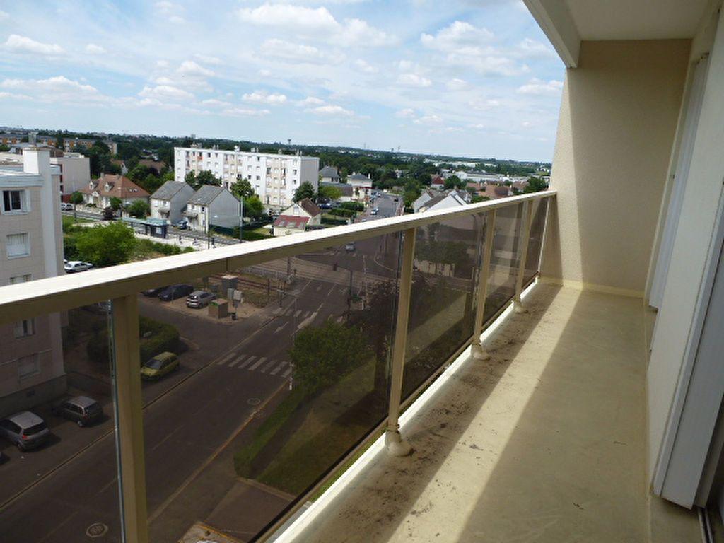 Appartement à louer 3 63.3m2 à Saint-Jean-de-Braye vignette-3
