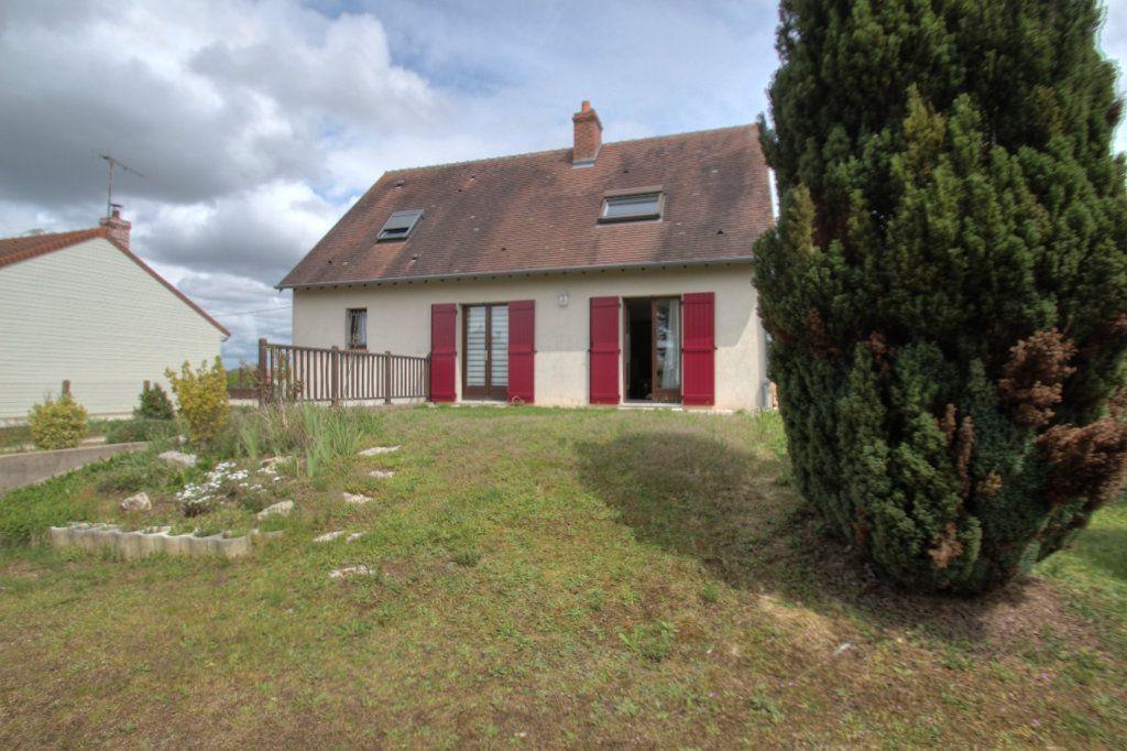 Maison à vendre 5 111m2 à Saint-Hilaire-Saint-Mesmin vignette-5