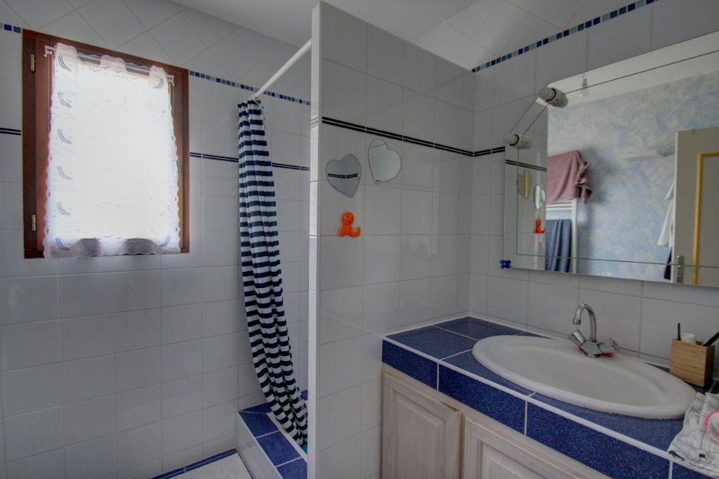 Maison à vendre 5 111m2 à Saint-Hilaire-Saint-Mesmin vignette-8