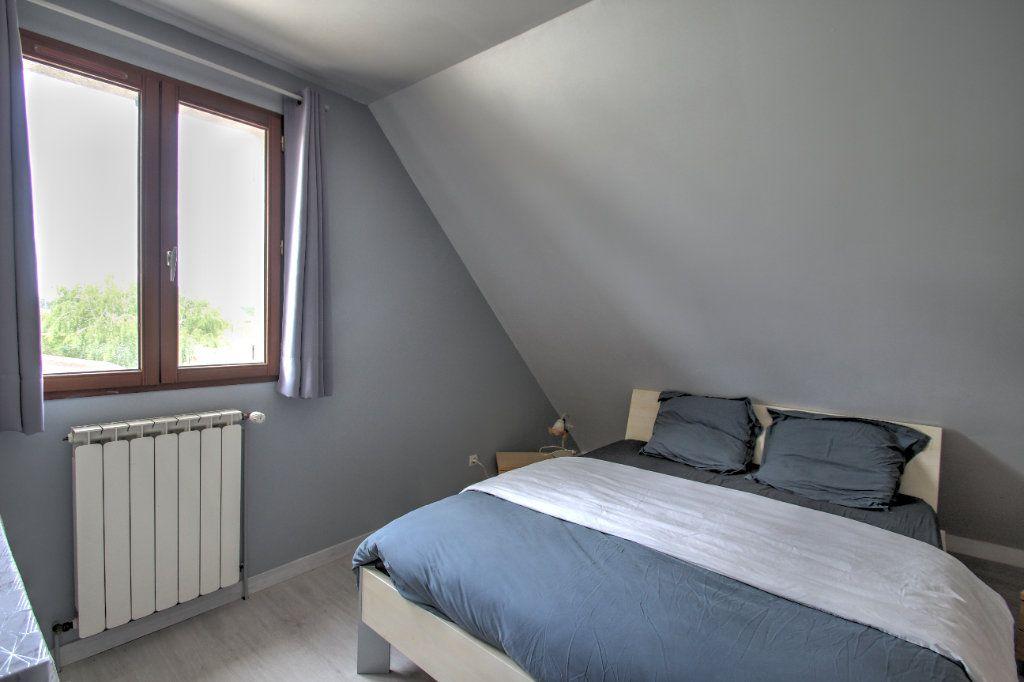 Maison à vendre 5 111m2 à Saint-Hilaire-Saint-Mesmin vignette-9