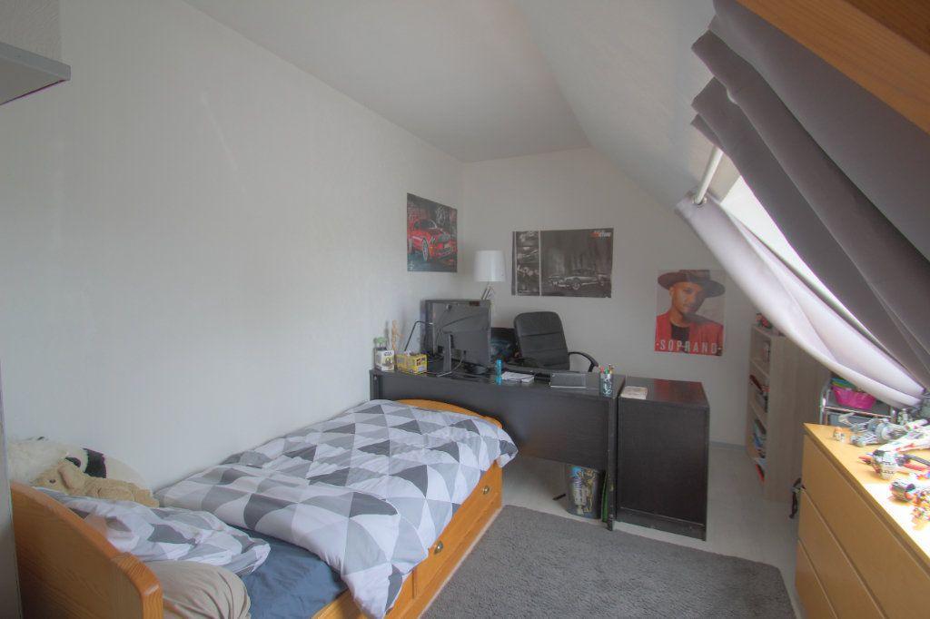 Maison à vendre 5 111m2 à Saint-Hilaire-Saint-Mesmin vignette-10