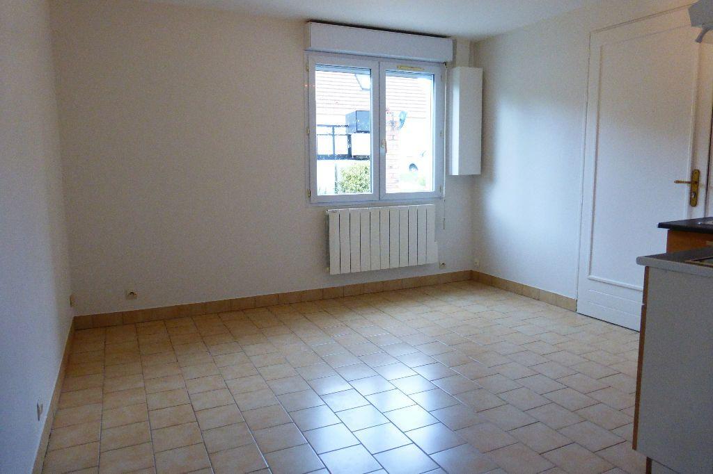 Maison à louer 2 27.35m2 à Fleury-les-Aubrais vignette-3