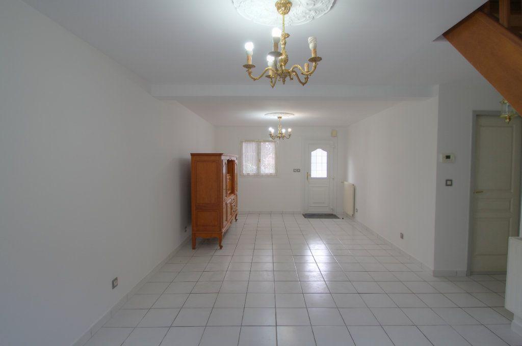 Maison à vendre 5 90m2 à Saint-Jean-de-la-Ruelle vignette-2