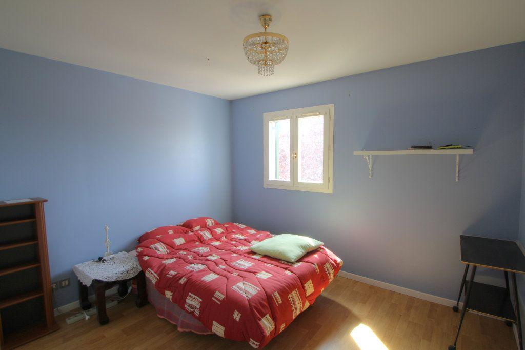 Maison à vendre 5 90m2 à Saint-Jean-de-la-Ruelle vignette-7