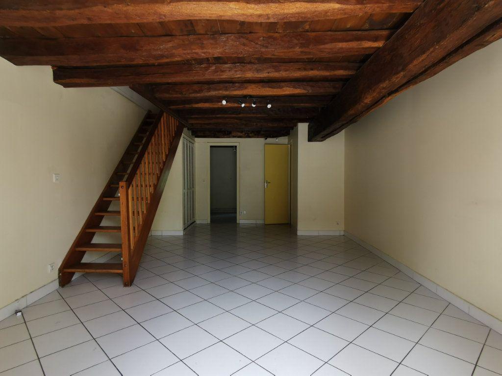 Maison à louer 3 74.21m2 à Saint-Hilaire-Saint-Mesmin vignette-1