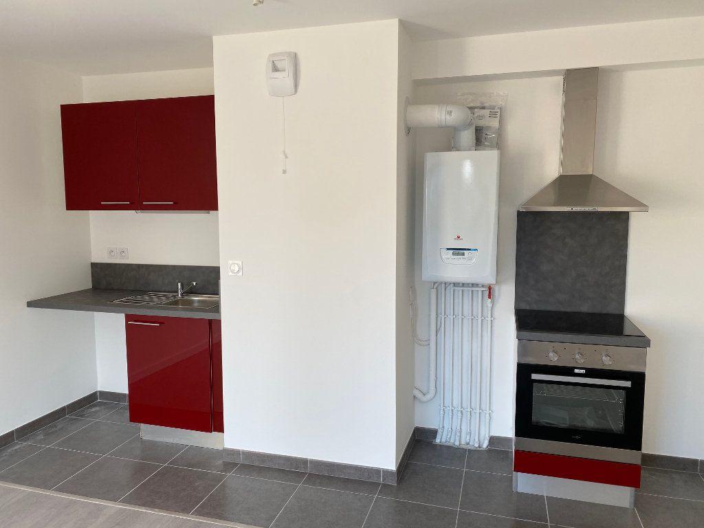Appartement à louer 3 60.8m2 à Saint-Jean-de-Braye vignette-7