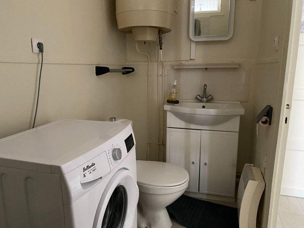 Appartement à louer 1 25m2 à Orléans vignette-6