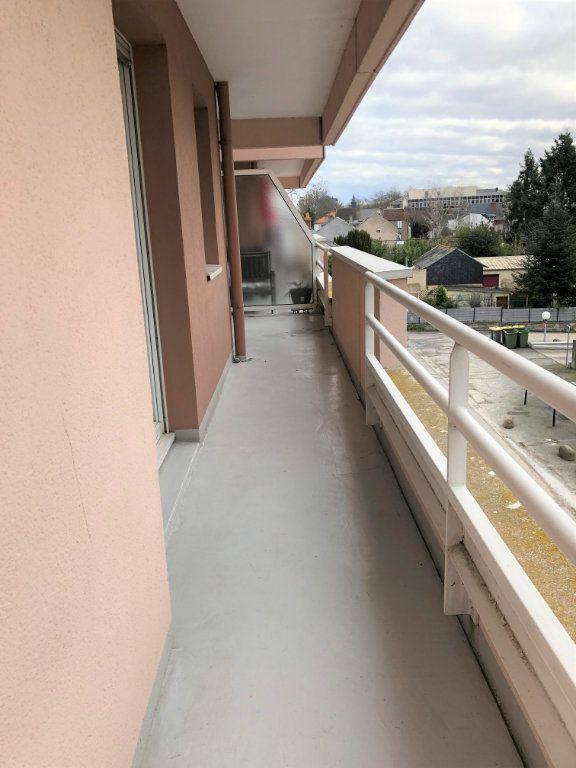 Appartement à louer 3 80m2 à Orléans vignette-4