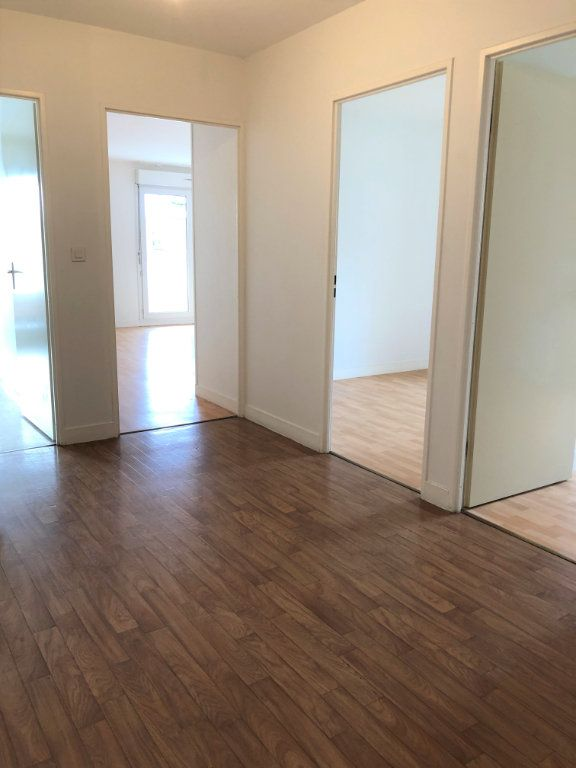 Appartement à louer 3 80m2 à Orléans vignette-10