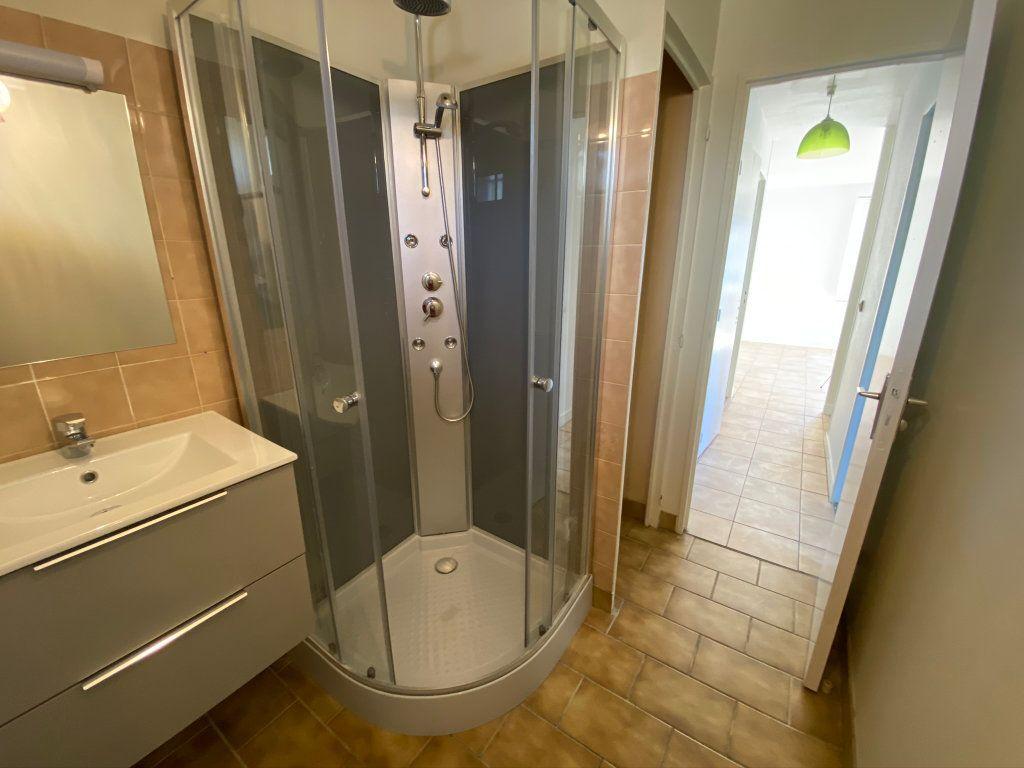 Appartement à louer 3 50m2 à Châteauneuf-sur-Loire vignette-8