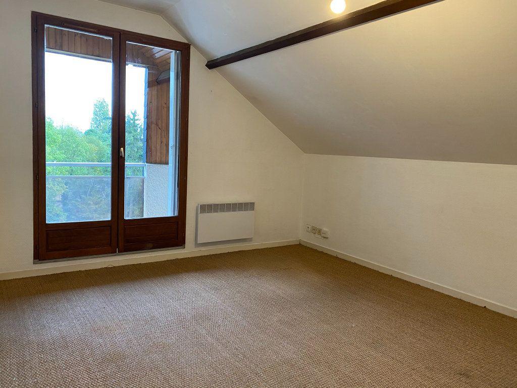 Appartement à louer 2 29.85m2 à Orléans vignette-3