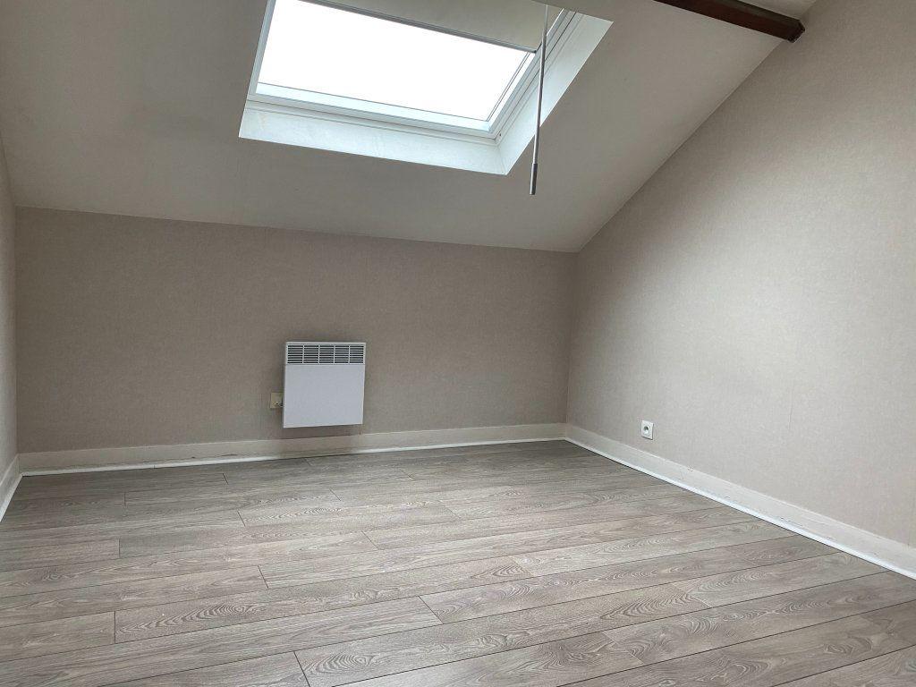 Appartement à louer 2 29.85m2 à Orléans vignette-4