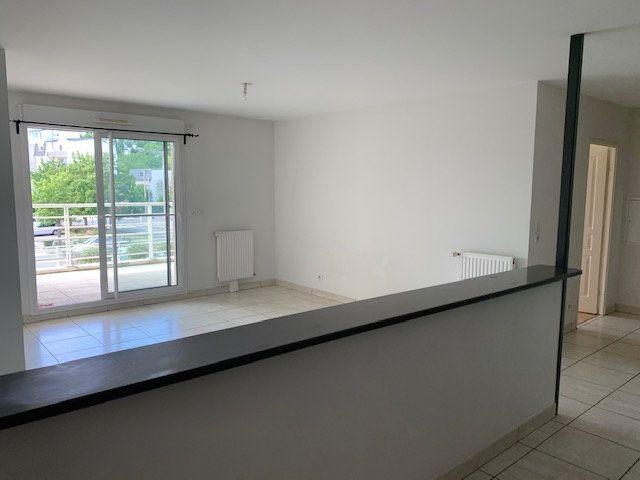 Appartement à vendre 2 53.02m2 à Fleury-les-Aubrais vignette-2