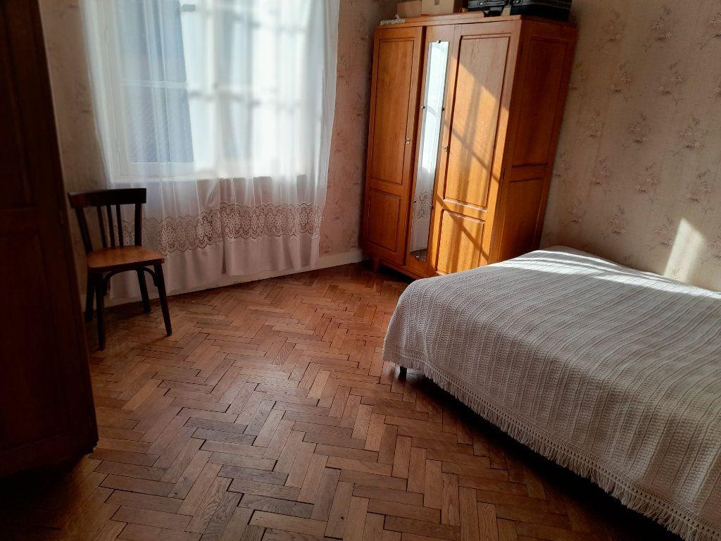 Maison à vendre 4 95m2 à Romilly-sur-Aigre vignette-3