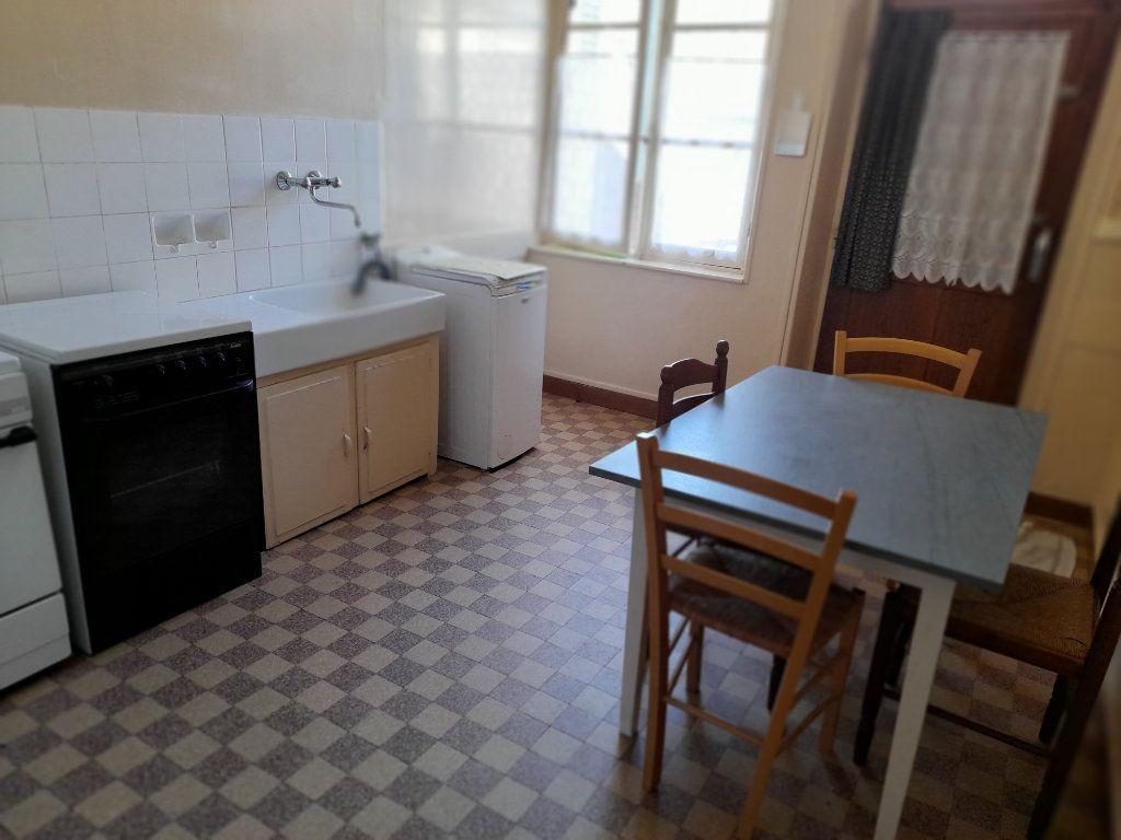Maison à vendre 4 95m2 à Romilly-sur-Aigre vignette-6